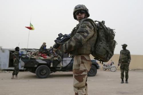 Un soldat français en patrouille à Kidal, au nord du Mali, le 27 juillet 2013