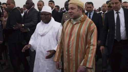 Le roi du Maroc Mohammed VI a été accueilli par le président IBK à son arrivée au Mali