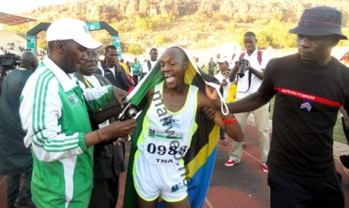 Le Tanzanien Ramadhani Nyonyi à son arrivée au stade Modibo Keita