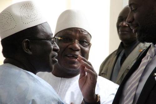 Le président malien Ibrahim Boubacar Kéïta (c) reçoit le 4 juin 2014 les leaders des par