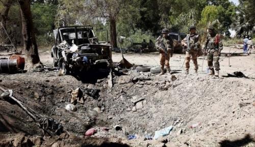 Foto (c) AFP: Un véhicule saute sur une mine, deux morts
