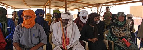 Mitglieder des Flüchtlingskomitees in Goudebou.