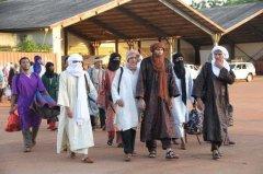Des membres de groupes armés du nord du pays, prisonniers des autorités maliennes, sont