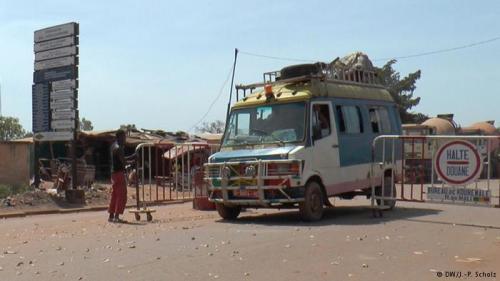 Die Grenze ganz dicht machen? Malis Regierung lehnt das bislang ab