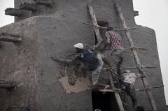 Crépissage de la mosquée de Djenné