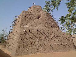 (c) wikimedia: Tombeau des Askias