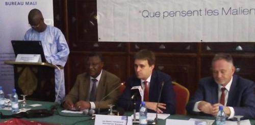 MJ 250715 La 6ème édition de l'enquête d'opinion ''Mali-Mètre'' a été présentée à la presse
