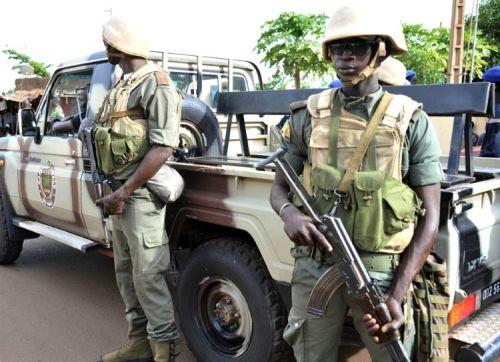 Des soldats maliens, le 13 août 2015 à Bamako