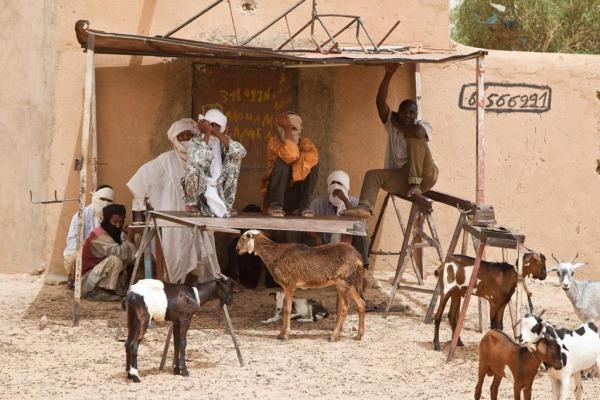 (c) Mark Garten: Des habitants de la ville de Kidal ( 2013)