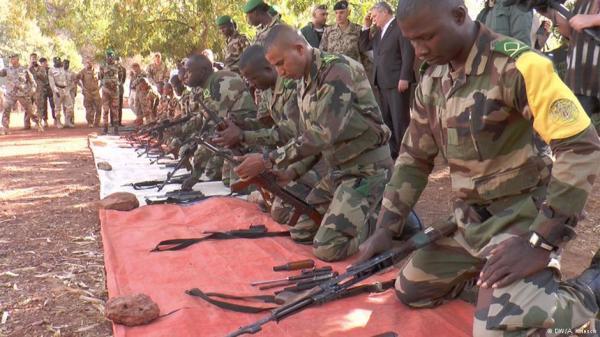 Foto (c) DW : Ausbildung für den Kampf im Norden Malis