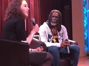 Foto (c) Catherine F: Tiken Jah Fakoly lors de la conférence organisée à Montréal, le 2 mai 2016