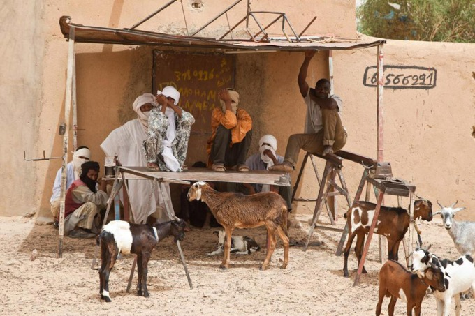 Des habitants de la ville de Kidal ( 2013) (c)Mark Garten/Minusma