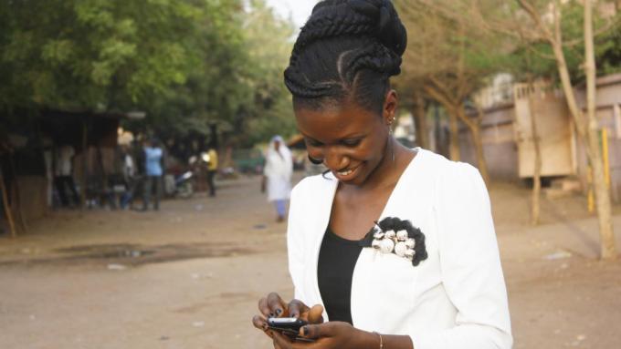 rfi 120816La jeunesse africaine est très connectée