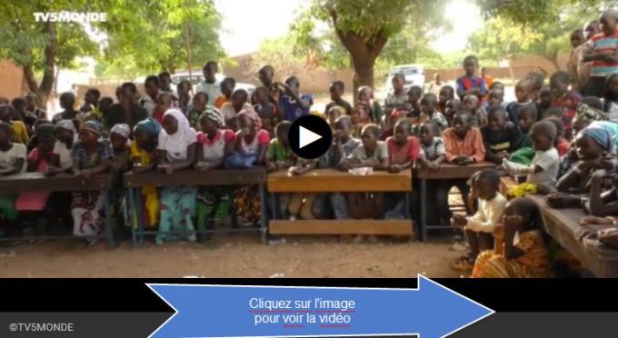 tv5-09-11-16prevention-des-mariages-precoces-a-lecole