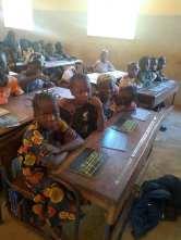 Fotos (c) Marcus Lamprecht: Klassenraum der Schule in Zanso - Une salle de classe de l'école de Sanso
